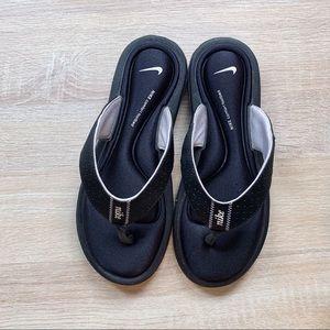 Nike Flops